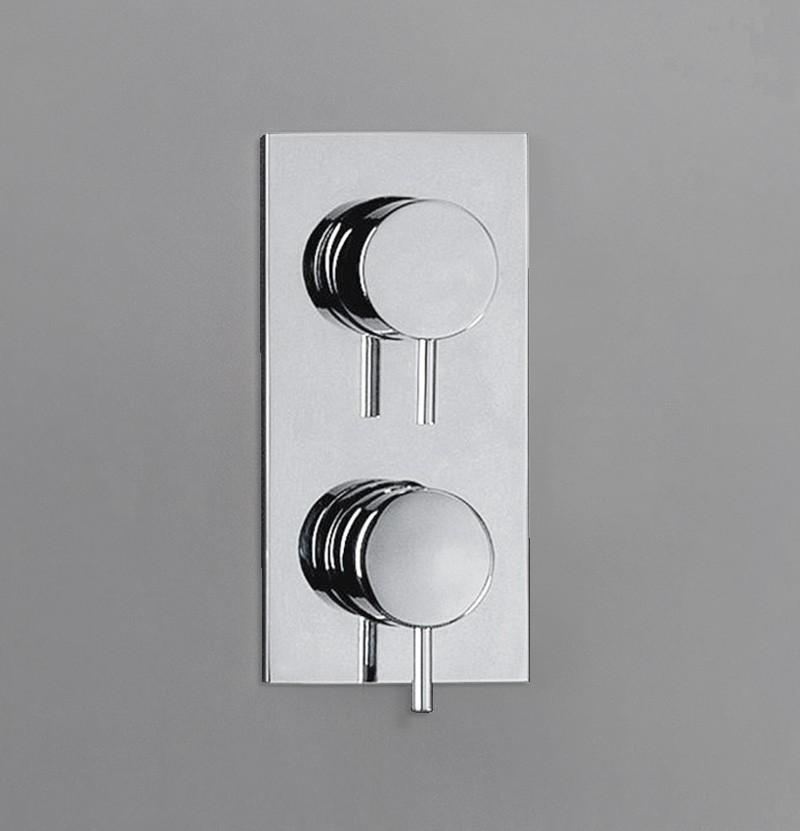 Parte externa torneira banho Flow T1.36 cromada