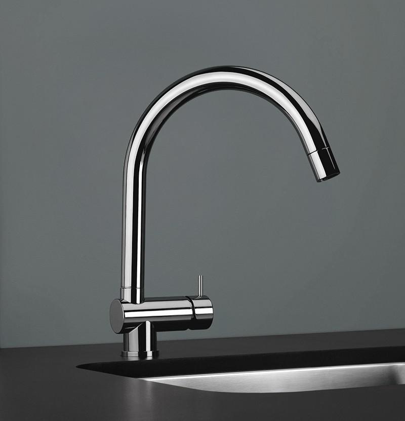 Torneira de cozinha c/ chuveiro Flow T1.55 cromada