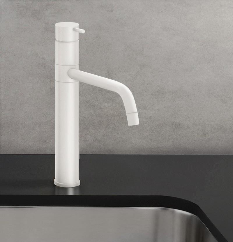 Torneira de cozinha Flow T1.50 branca